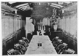 山陽鉄道の食堂車内の写真